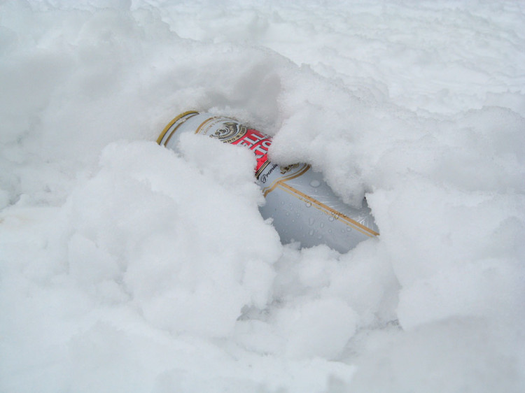 Stella Artois w śniegu