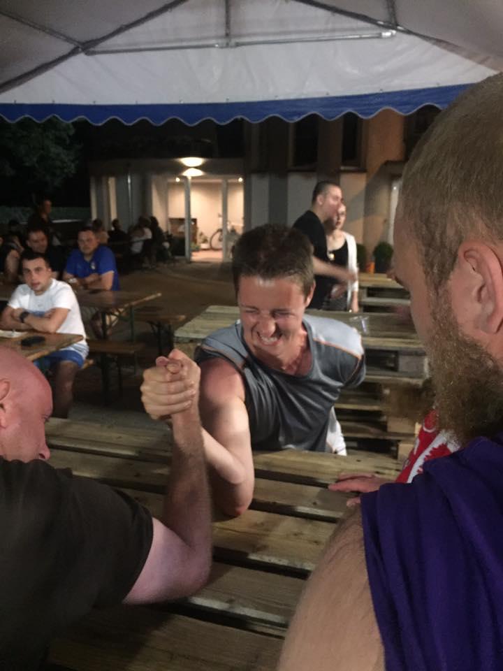 Craft Beer Camp 2016 - siłowanie się na rękę